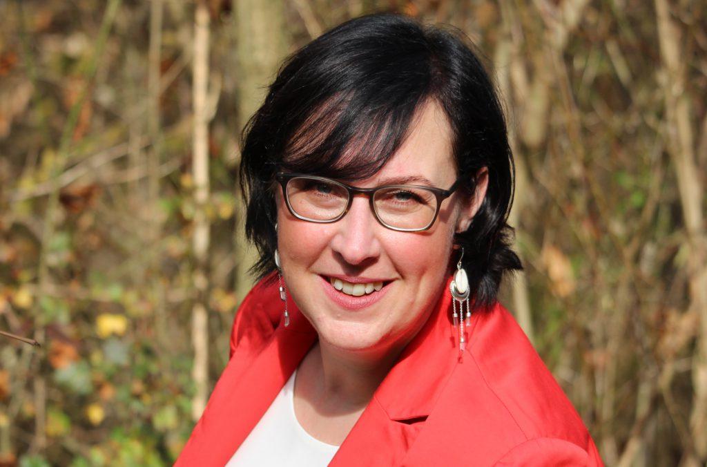 Portrait von Claudia Kramer(Versicherungskammer)